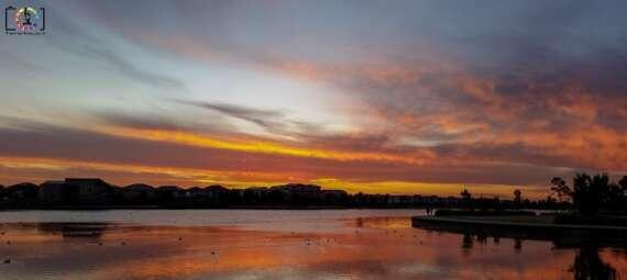 Sunset over Lakeside Pakenham on the 30th December 2015